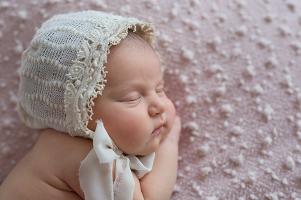foceni-novorozencu-julinka-10-dni