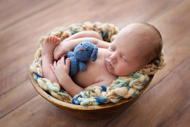 foceni-novorozencu-filipek-8-dni