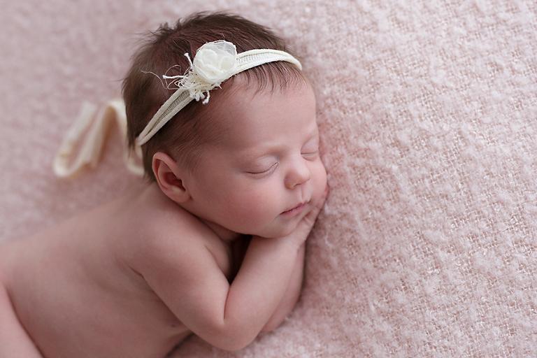 foceni-novorozencu-emma-9-dni