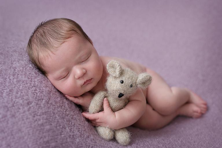 newborn-foceni-rozarka-9-dni