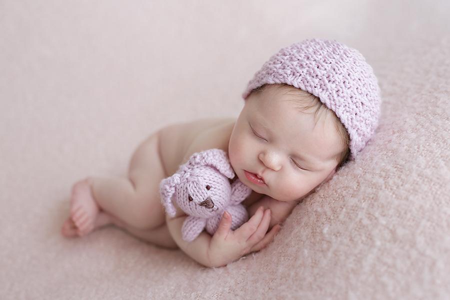 foceni-novorozencu-eliska-8-dni