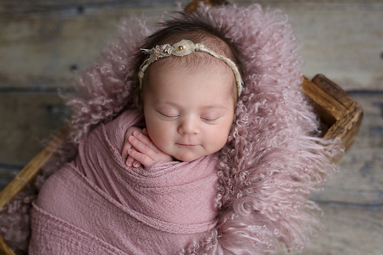 foceni-novorozencu-agatka-9-dni