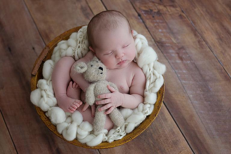 newborn-foceni-ema-12-dni
